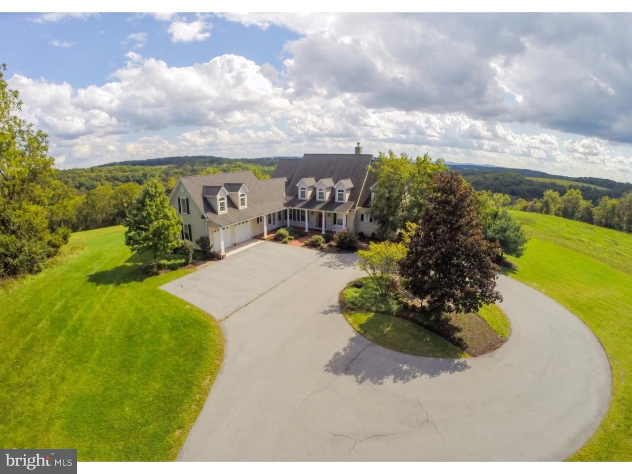 独户住宅 为 销售 在 2721 POST Road Orefield, 宾夕法尼亚州 18069 美国
