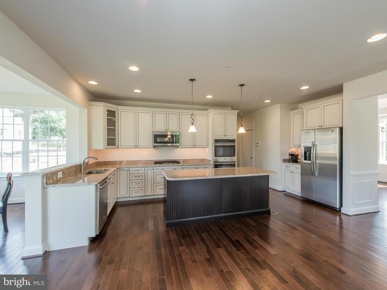 Casa Unifamiliar por un Venta en 5741 LANDING Road 5741 LANDING Road Elkridge, Maryland 21075 Estados Unidos