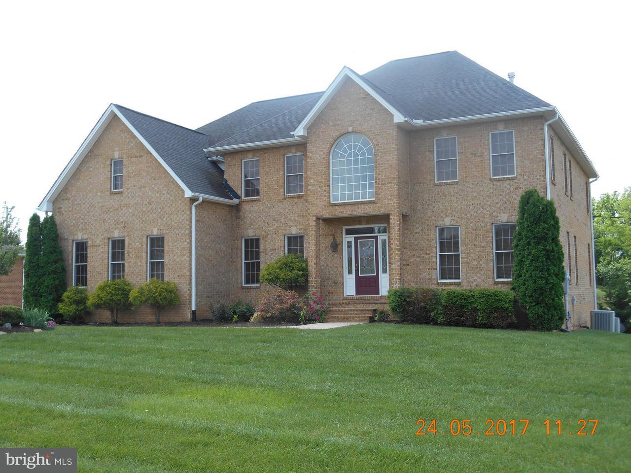 Casa Unifamiliar por un Venta en 10916 SASSAN Lane 10916 SASSAN Lane Hagerstown, Maryland 21742 Estados Unidos