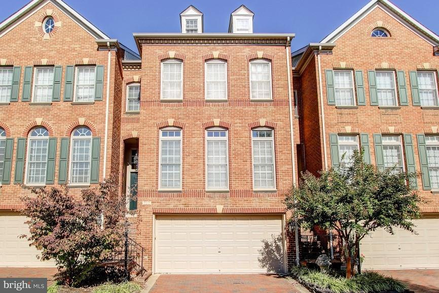 Townhouse for Sale at 707 CATTS TAVERN Drive 707 CATTS TAVERN Drive Alexandria, Virginia 22314 United States
