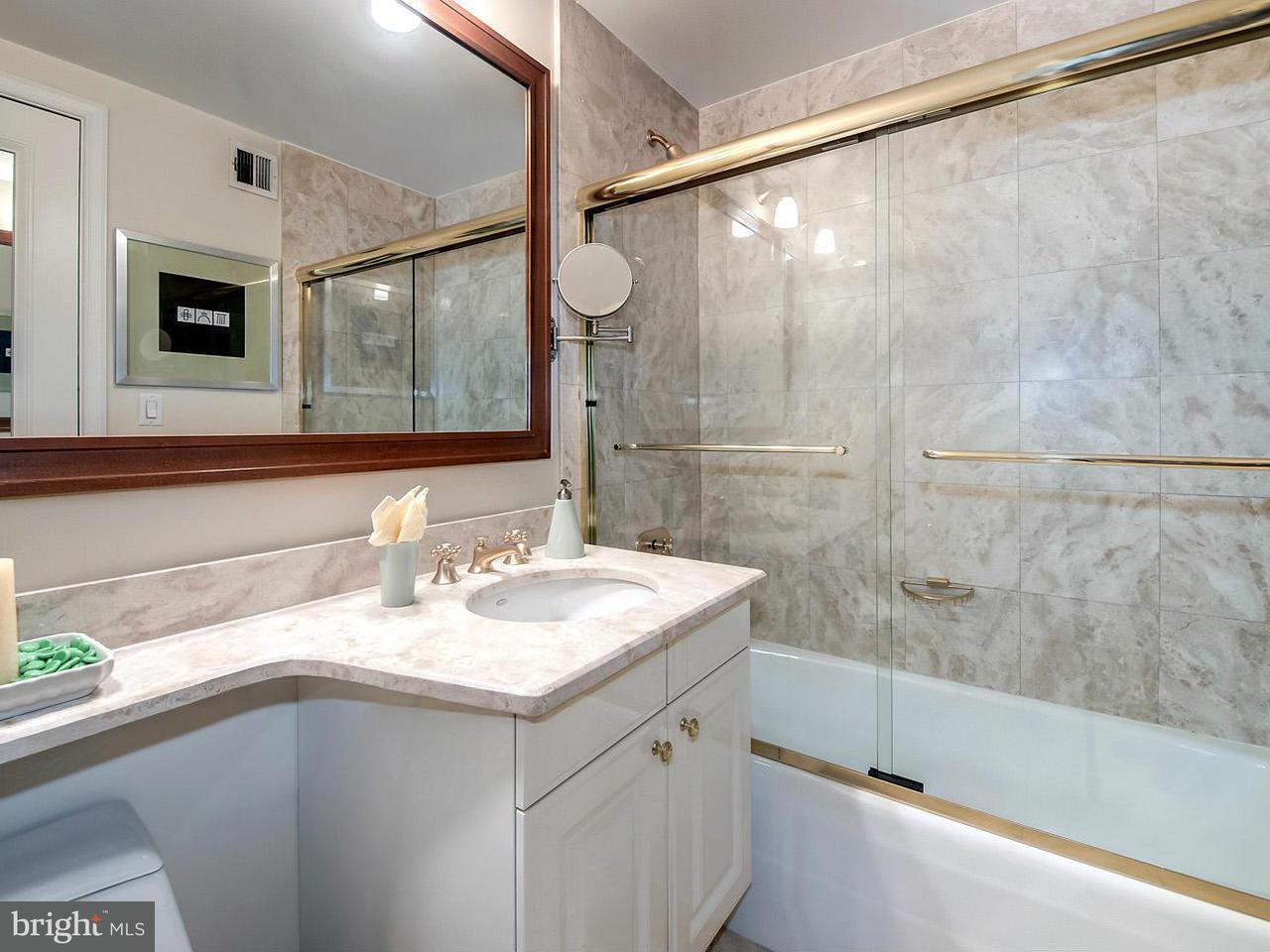Additional photo for property listing at 1155 23rd St NW #2m  Washington, District Of Columbia 20037 United States