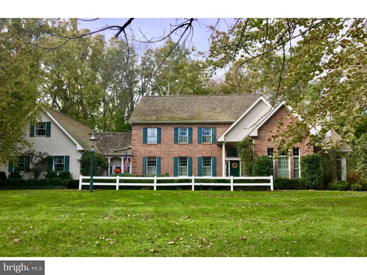 Maison unifamiliale pour l Vente à 626 CREEK Lane Flourtown, Pennsylvanie 19031 États-Unis