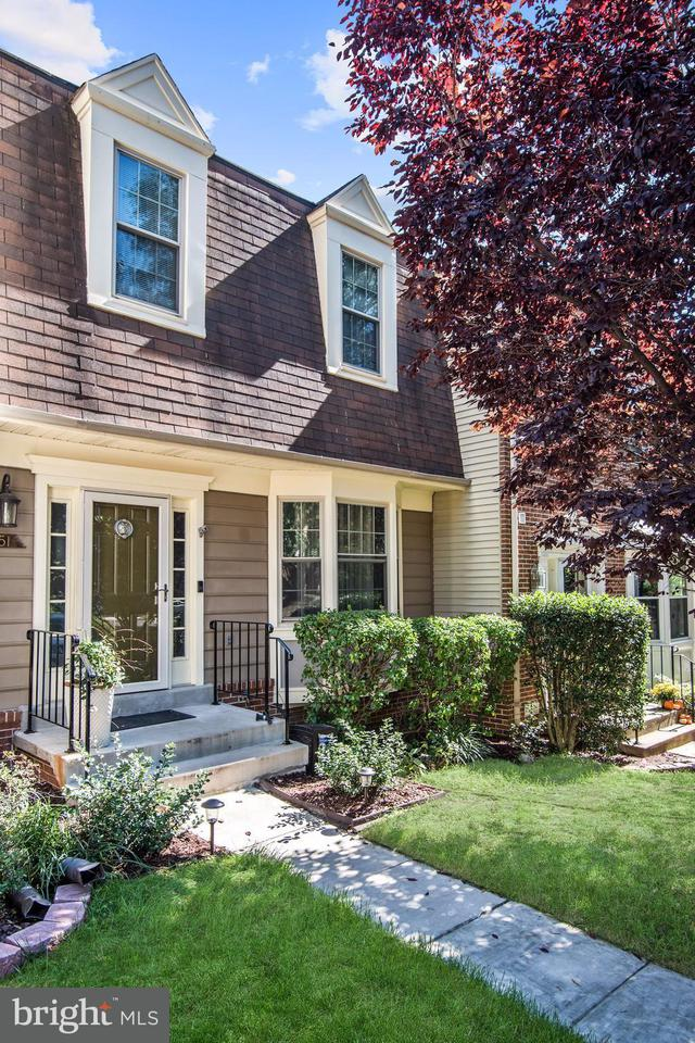 Townhouse for Sale at 7251 WHITLERS CREEK Drive 7251 WHITLERS CREEK Drive Springfield, Virginia 22152 United States