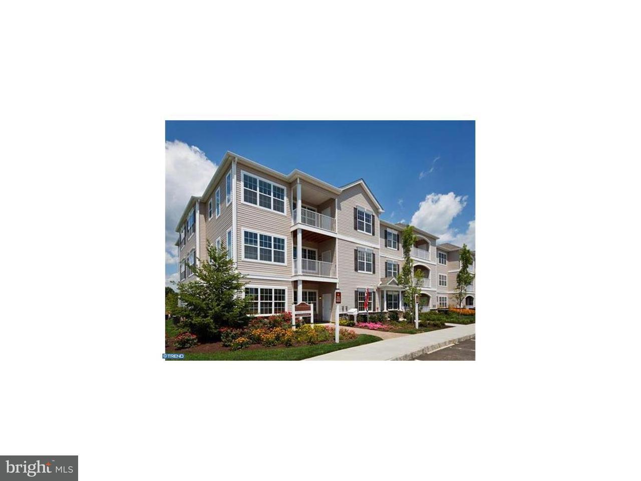 Частный односемейный дом для того Аренда на 238 TIMBERLAKE Drive Ewing, Нью-Джерси 08618 Соединенные ШтатыВ/Около: Ewing Township