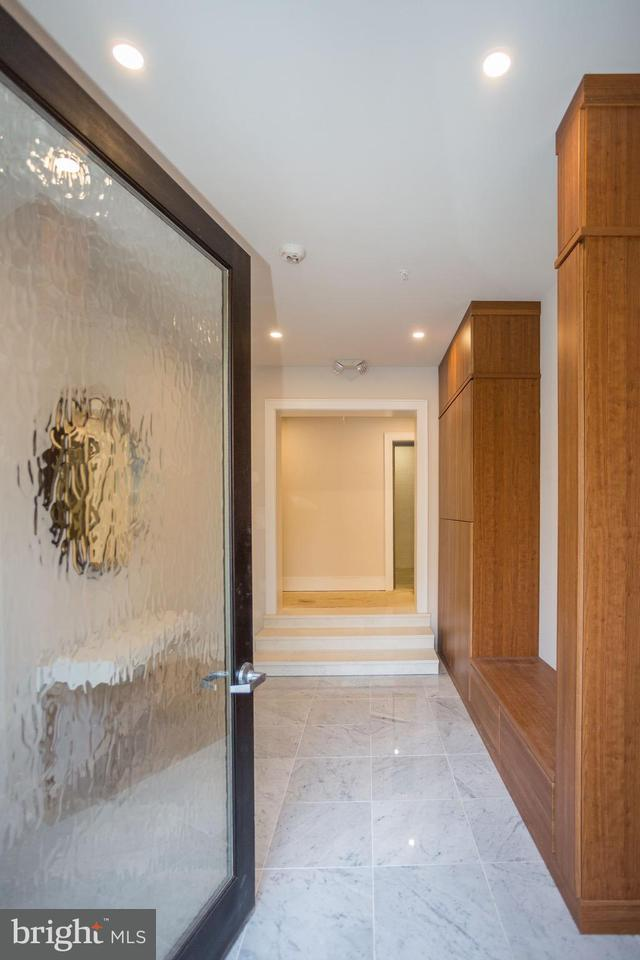 Additional photo for property listing at 2434 16th St NW #202  Washington, District Of Columbia 20009 United States