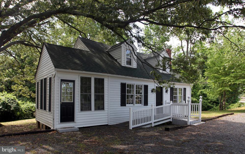 商用 為 出售 在 2510 Solomons Island Road 2510 Solomons Island Road Huntingtown, 馬里蘭州 20639 美國