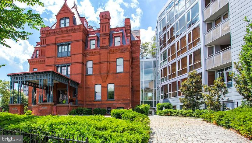 Single Family Home for Sale at 2002 MASSACHUSETTS AVE NW #2A 2002 MASSACHUSETTS AVE NW #2A Washington, District Of Columbia 20036 United States