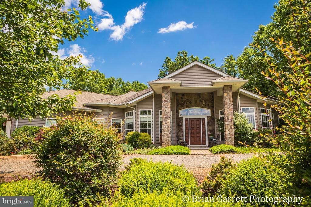 独户住宅 为 销售 在 600 BATTLE MOUNTAIN Road 600 BATTLE MOUNTAIN Road 阿米斯韦尔, 弗吉尼亚州 20106 美国