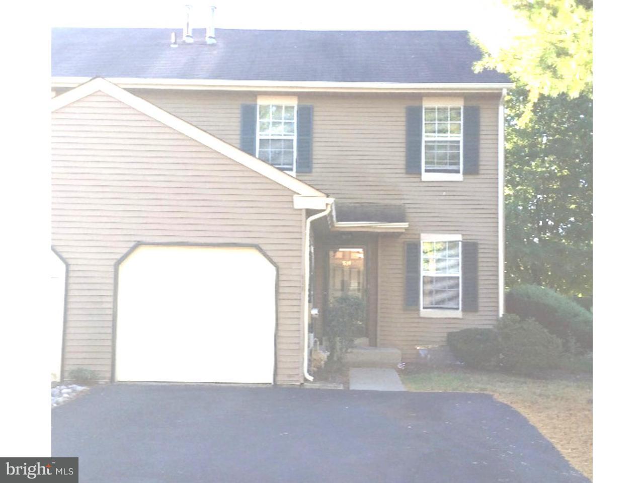 Casa unifamiliar adosada (Townhouse) por un Alquiler en 610 LARCH CT #A5610 Yardley, Pennsylvania 19067 Estados Unidos