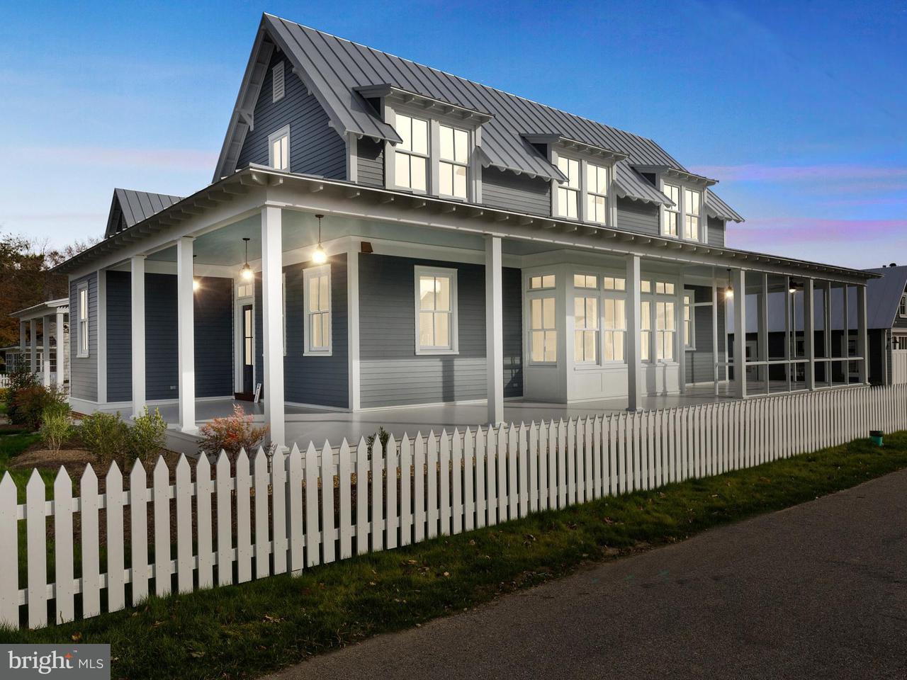 Maison unifamiliale pour l Vente à 211 C Street 211 C Street Solomons, Maryland 20688 États-Unis