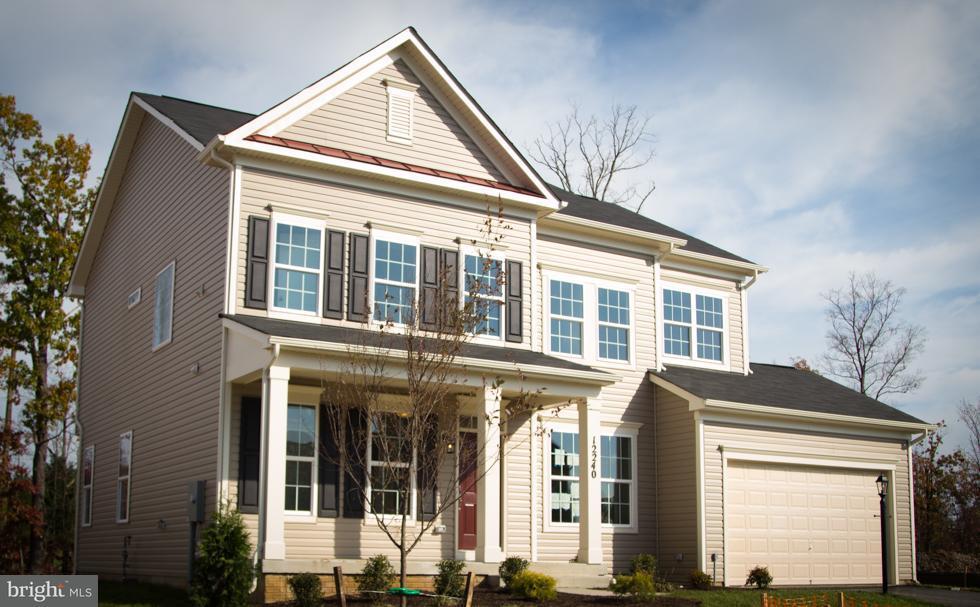 Casa Unifamiliar por un Venta en 12240 SEDGE Street 12240 SEDGE Street Bristow, Virginia 20136 Estados Unidos