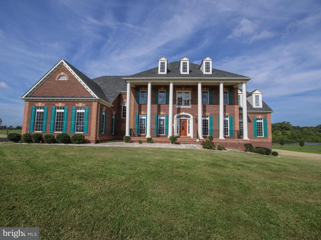 Частный односемейный дом для того Продажа на 14330 Trotters Ridge Place 14330 Trotters Ridge Place Nokesville, Виргиния 20181 Соединенные Штаты
