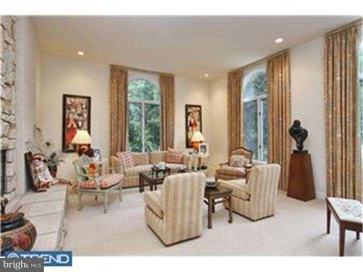 Additional photo for property listing at 875 COX Road  Moorestown, Нью-Джерси 08057 Соединенные Штаты
