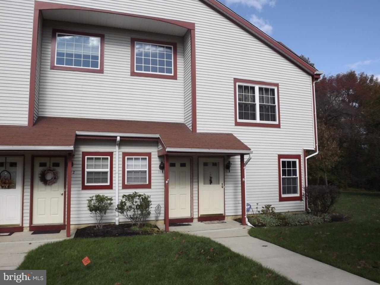 Casa Unifamiliar por un Alquiler en 114 ANDOVER Place Robbinsville, Nueva Jersey 08691 Estados UnidosEn/Alrededor: Robbinsville Township
