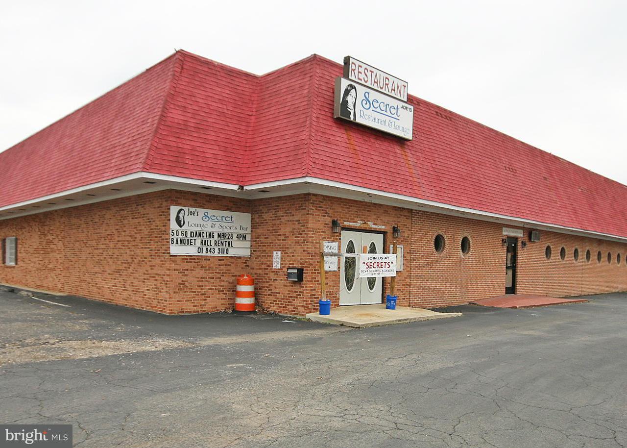 Commercial pour l Vente à 63 GLYMONT Road 63 GLYMONT Road Indian Head, Maryland 20640 États-Unis