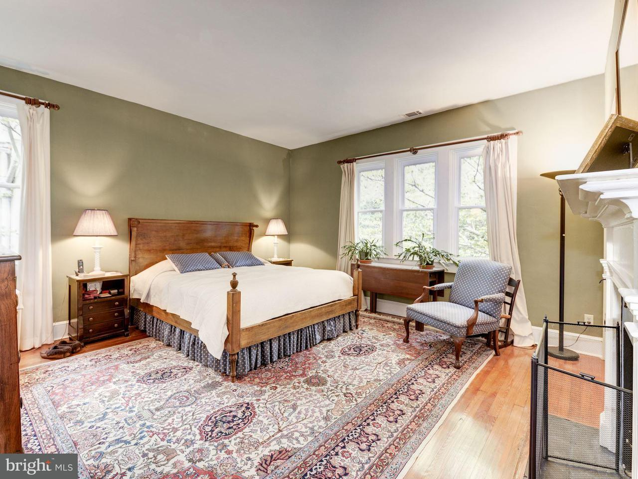 Additional photo for property listing at 1314 34th St NW  Washington, District Of Columbia 20007 United States