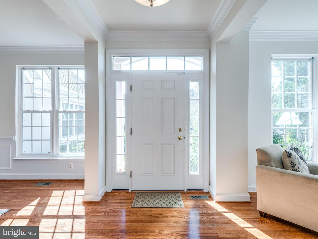 Single Family Home for Sale at 42766 CONQUEST Circle 42766 CONQUEST Circle Ashburn, Virginia 20148 United States