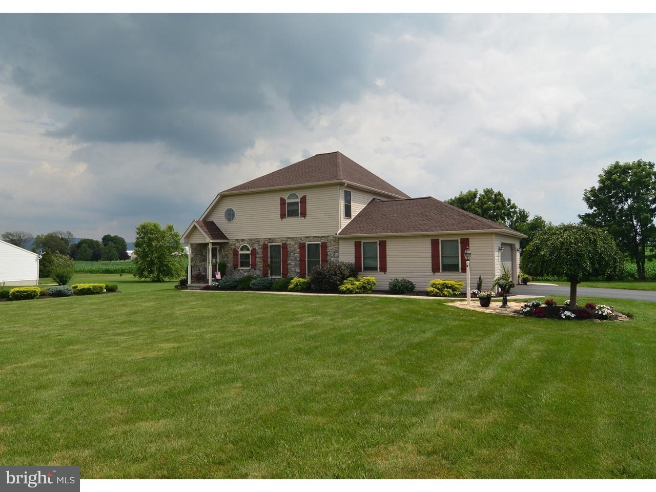 Частный односемейный дом для того Продажа на 116 COUNTRY Lane Richland, Пенсильвания 17087 Соединенные Штаты