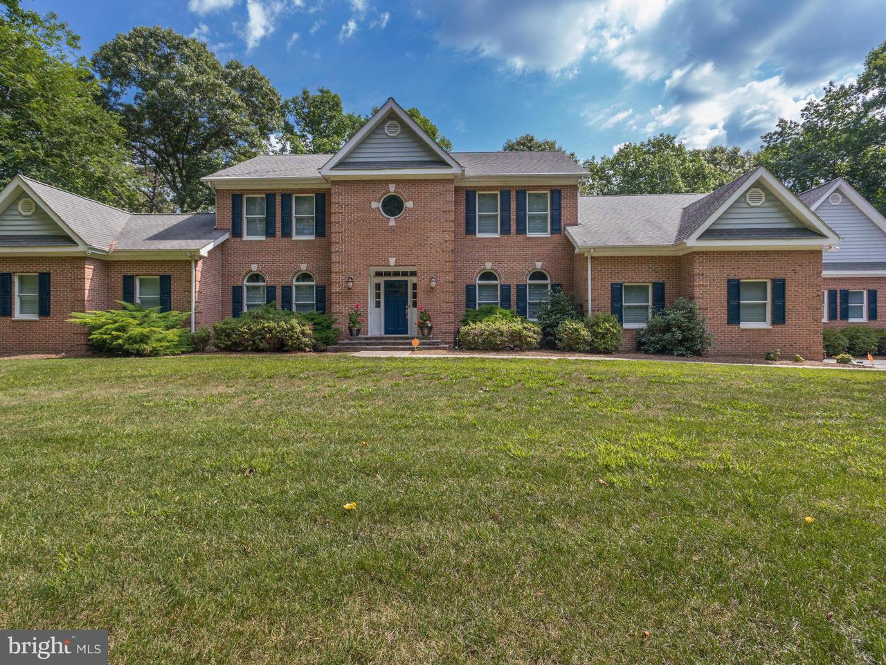 Частный односемейный дом для того Продажа на 7450 SEDWICK Court 7450 SEDWICK Court St. Leonard, Мэриленд 20685 Соединенные Штаты