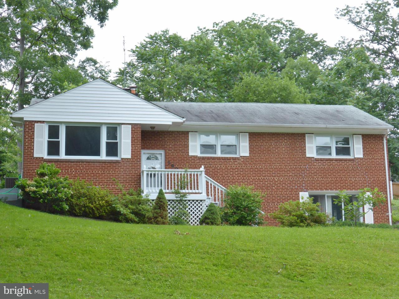 Single Family Home for Sale at 5906 BROOKVIEW Drive 5906 BROOKVIEW Drive Alexandria, Virginia 22310 United States
