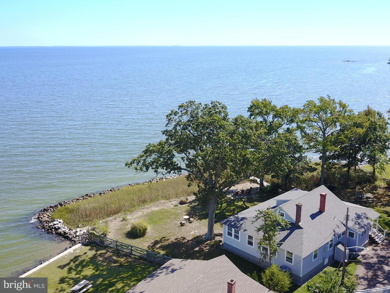 Einfamilienhaus für Verkauf beim 4737 OAK Road 4737 OAK Road Shady Side, Maryland 20764 Vereinigte Staaten