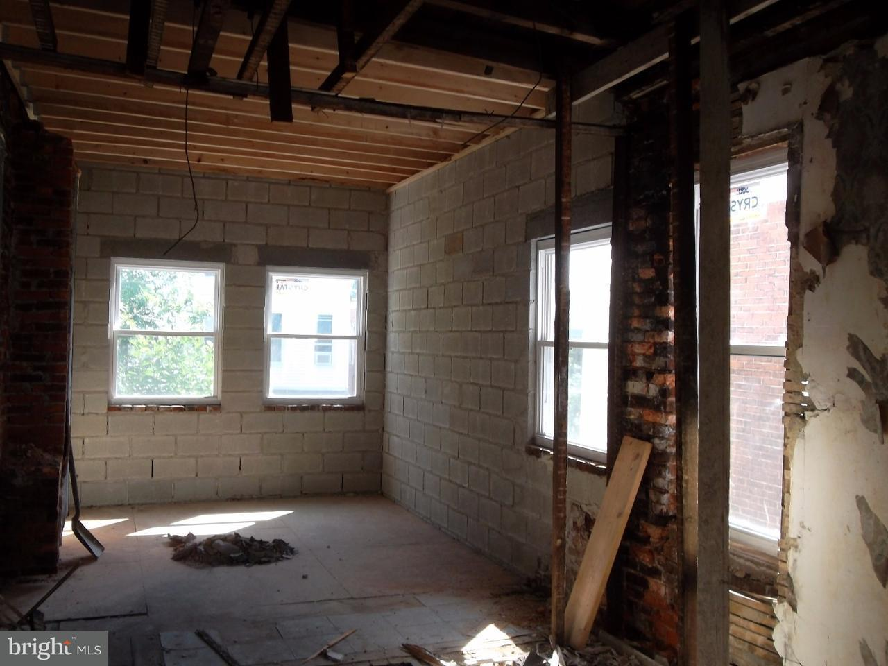 Additional photo for property listing at 2221 N 10TH Street  Philadelphia, Пенсильвания 19133 Соединенные Штаты