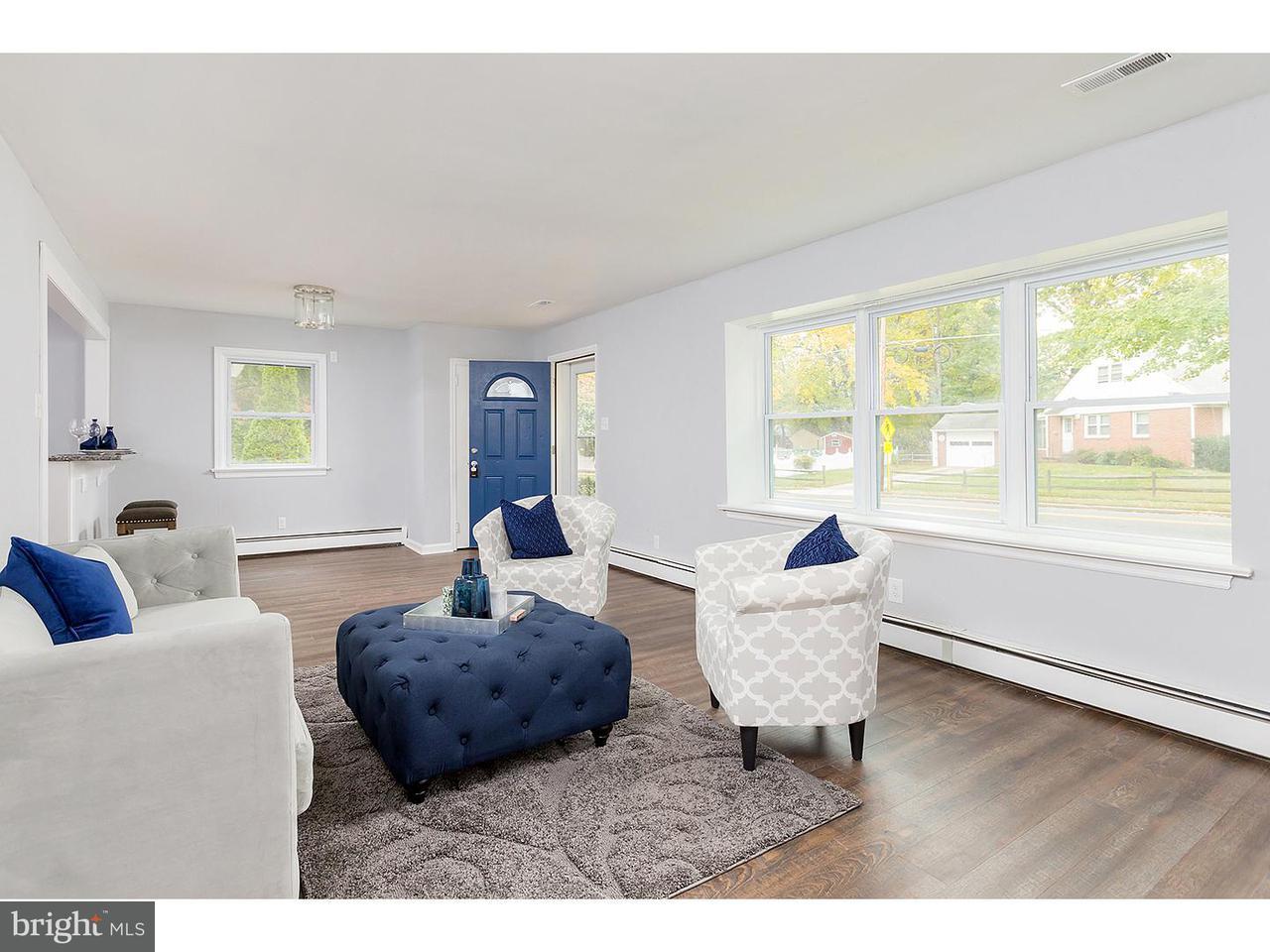 Casa Unifamiliar por un Alquiler en 1033 WAYNE Road Barrington, Nueva Jersey 08033 Estados Unidos