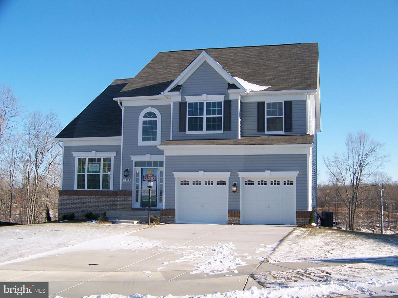 獨棟家庭住宅 為 出售 在 11388 FLAG Court 11388 FLAG Court White Plains, 馬里蘭州 20695 美國