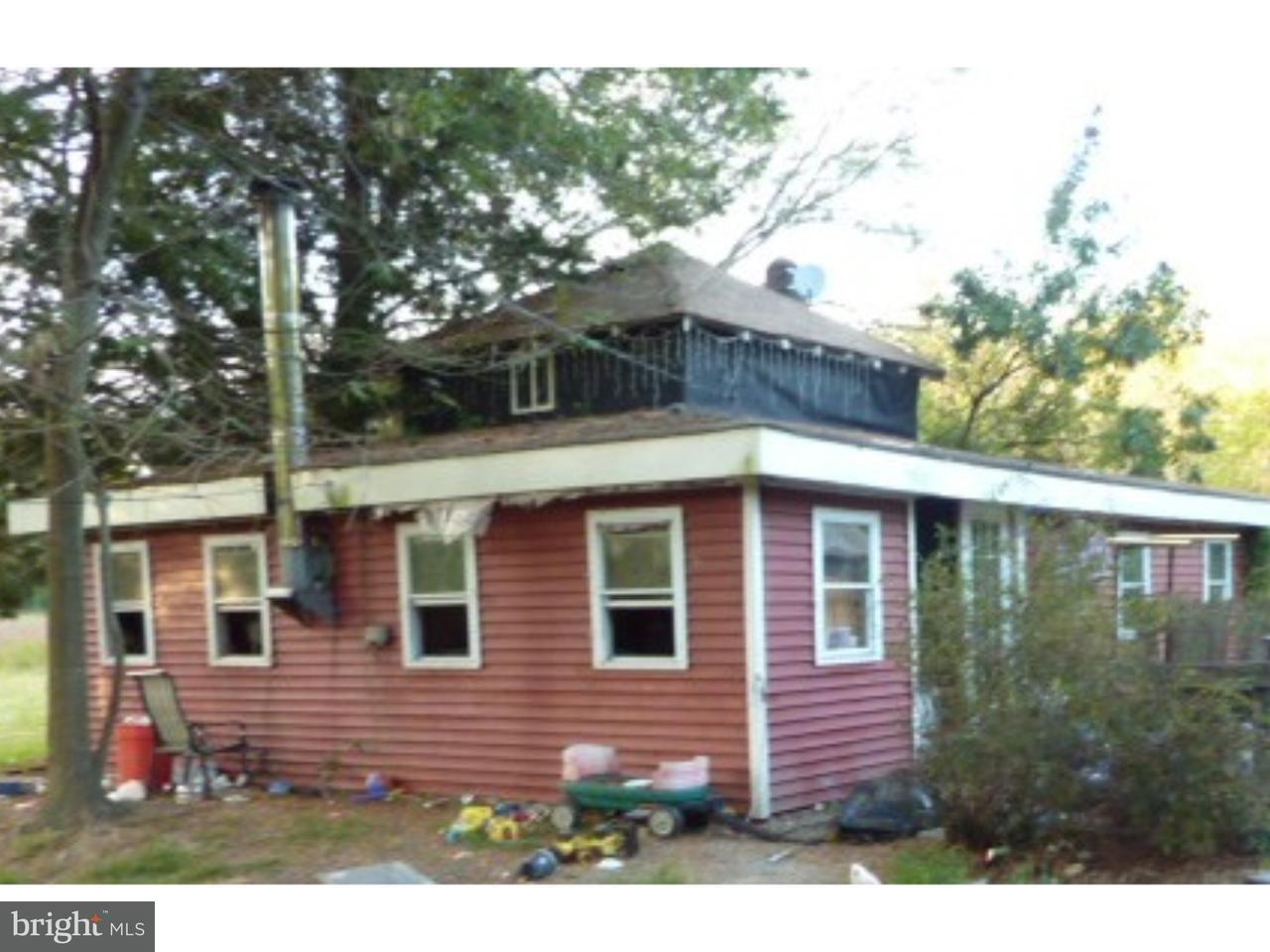 Частный односемейный дом для того Продажа на 381 MAIN Street Newport, Нью-Джерси 08345 Соединенные Штаты