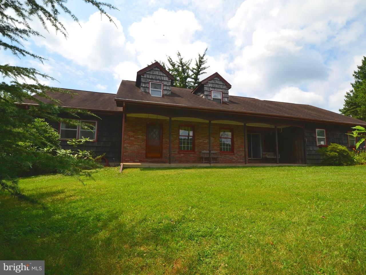 Casa Unifamiliar por un Venta en 121 DEALE Road 121 DEALE Road Tracys Landing, Maryland 20779 Estados Unidos