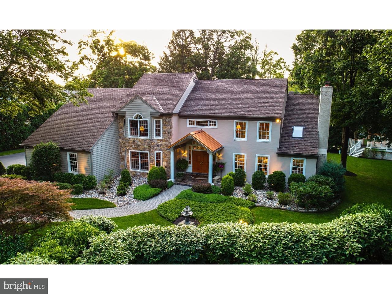 Maison unifamiliale pour l Vente à 113 SUGARTOWN Road Devon, Pennsylvanie 19333 États-Unis
