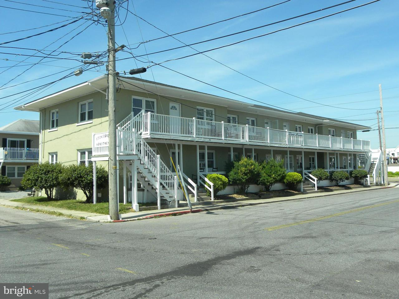 Commercial pour l Vente à 105 14th Street 105 14th Street Ocean City, Maryland 21842 États-Unis
