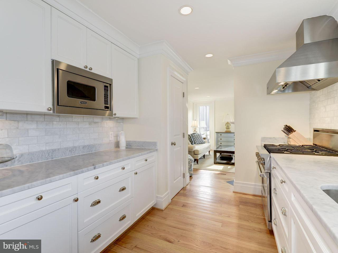 Additional photo for property listing at 3140 Dumbarton St NW  Washington, District Of Columbia 20007 United States