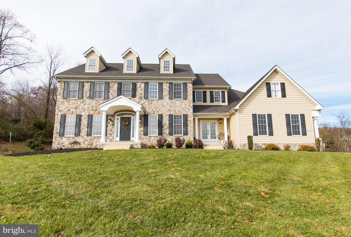 Maison unifamiliale pour l Vente à 4838 WENTZ Road 4838 WENTZ Road Manchester, Maryland 21102 États-Unis