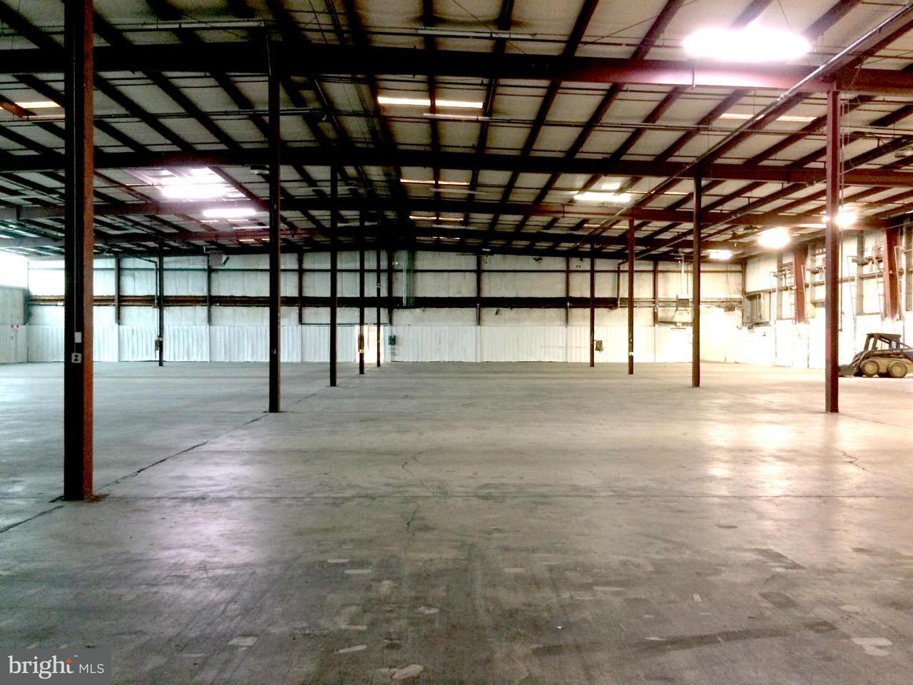 komerziell für Verkauf beim 858 WILLOW Circle 858 WILLOW Circle Hagerstown, Maryland 21740 Vereinigte Staaten