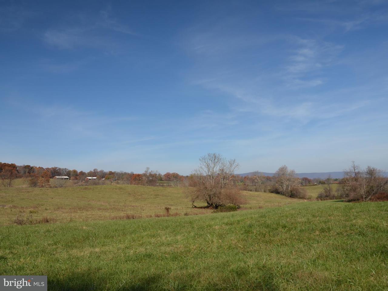 Terreno por un Venta en 2395 DELAPLANE GRADE Road 2395 DELAPLANE GRADE Road Delaplane, Virginia 20144 Estados Unidos