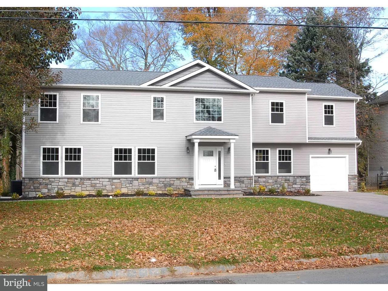 Casa Unifamiliar por un Venta en 12 JEFFERS Road Plainsboro, Nueva Jersey 08536 Estados UnidosEn/Alrededor: Plainsboro Township
