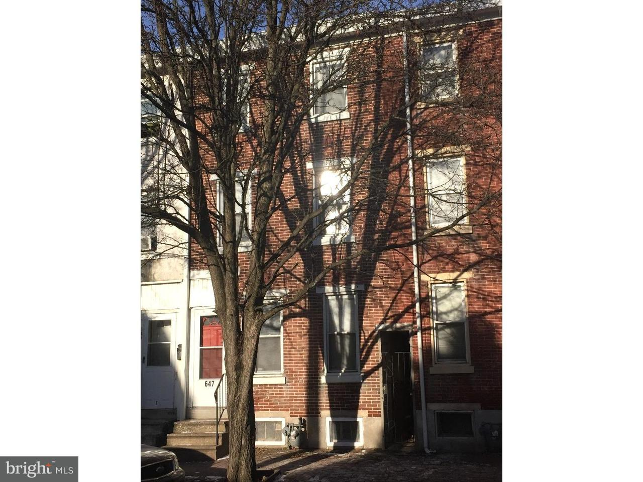 Таунхаус для того Аренда на 647 CHAIN Street Norristown, Пенсильвания 19401 Соединенные Штаты