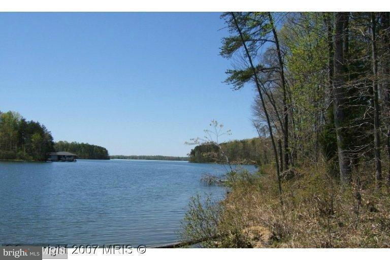 Additional photo for property listing at 2933 MINOR Road 2933 MINOR Road Bumpass, バージニア 23024 アメリカ合衆国