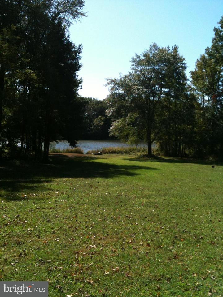 Terreno por un Venta en 839 CRANDELL Road 839 CRANDELL Road West River, Maryland 20778 Estados Unidos