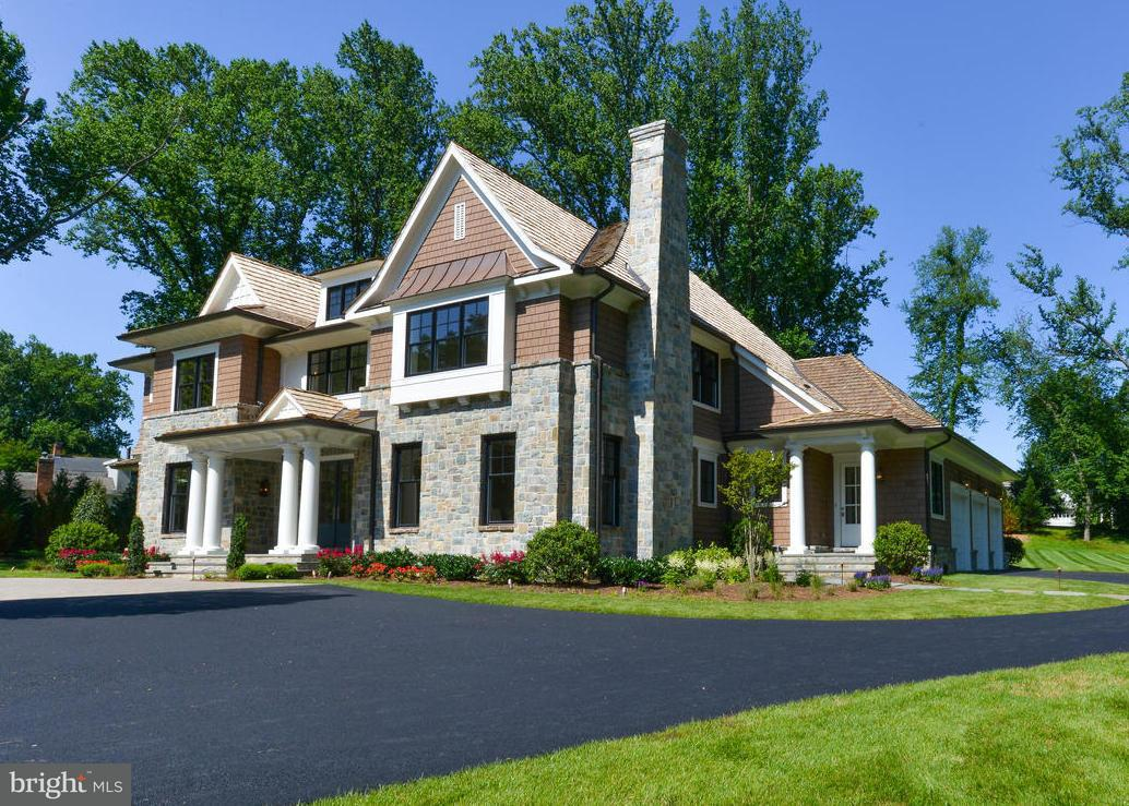 Single Family Home for Sale at 7728A GEORGETOWN PIKE 7728A GEORGETOWN PIKE McLean, Virginia 22102 United States