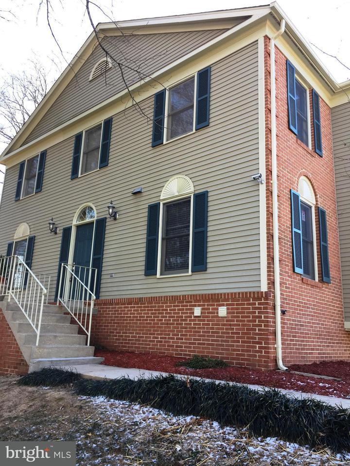 Townhouse for Sale at 7203 HIDDEN RIDGE Court 7203 HIDDEN RIDGE Court Springfield, Virginia 22152 United States