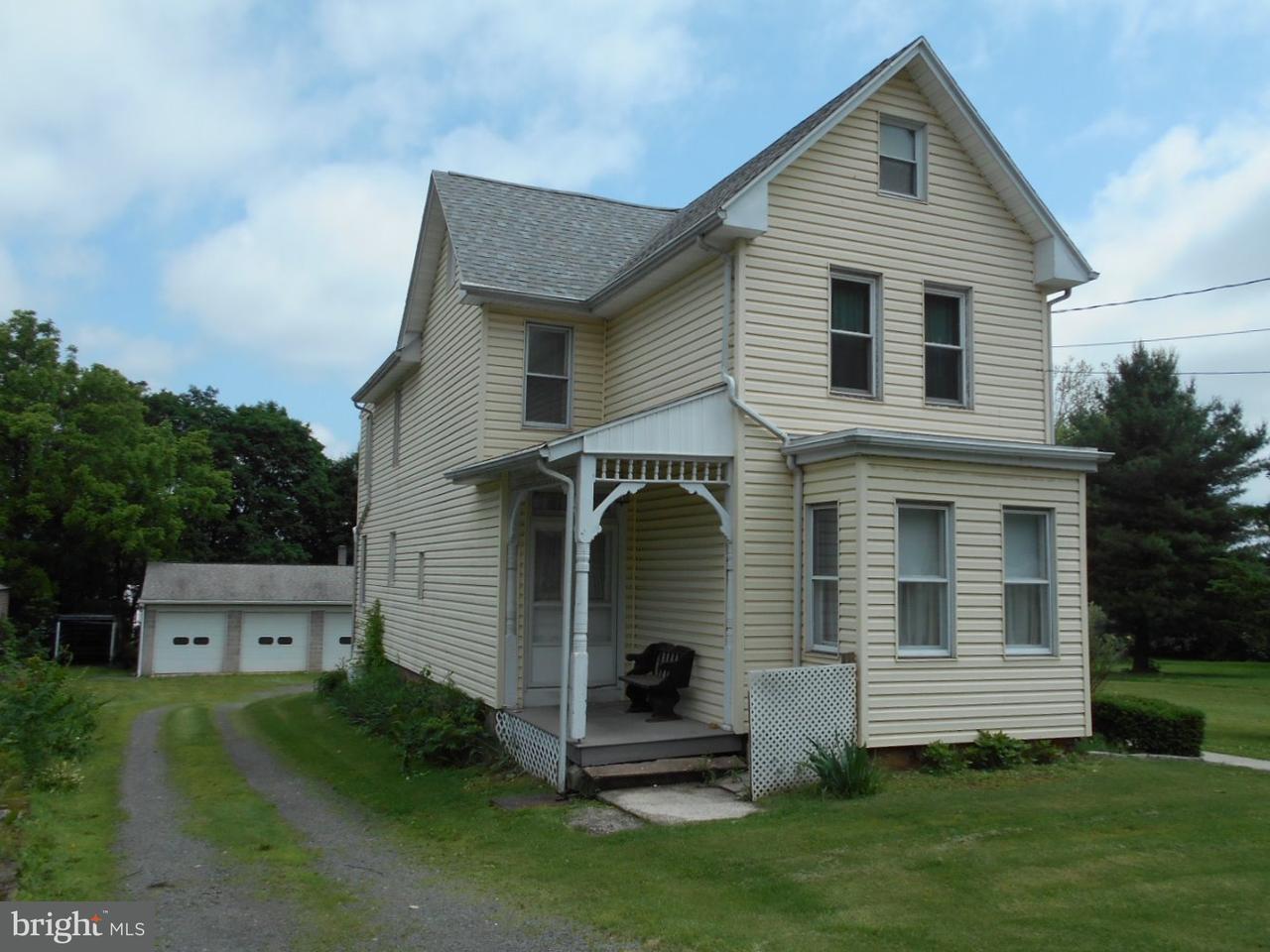Dúplex por un Venta en 29 2ND Street Birdsboro, Pennsylvania 19508 Estados Unidos