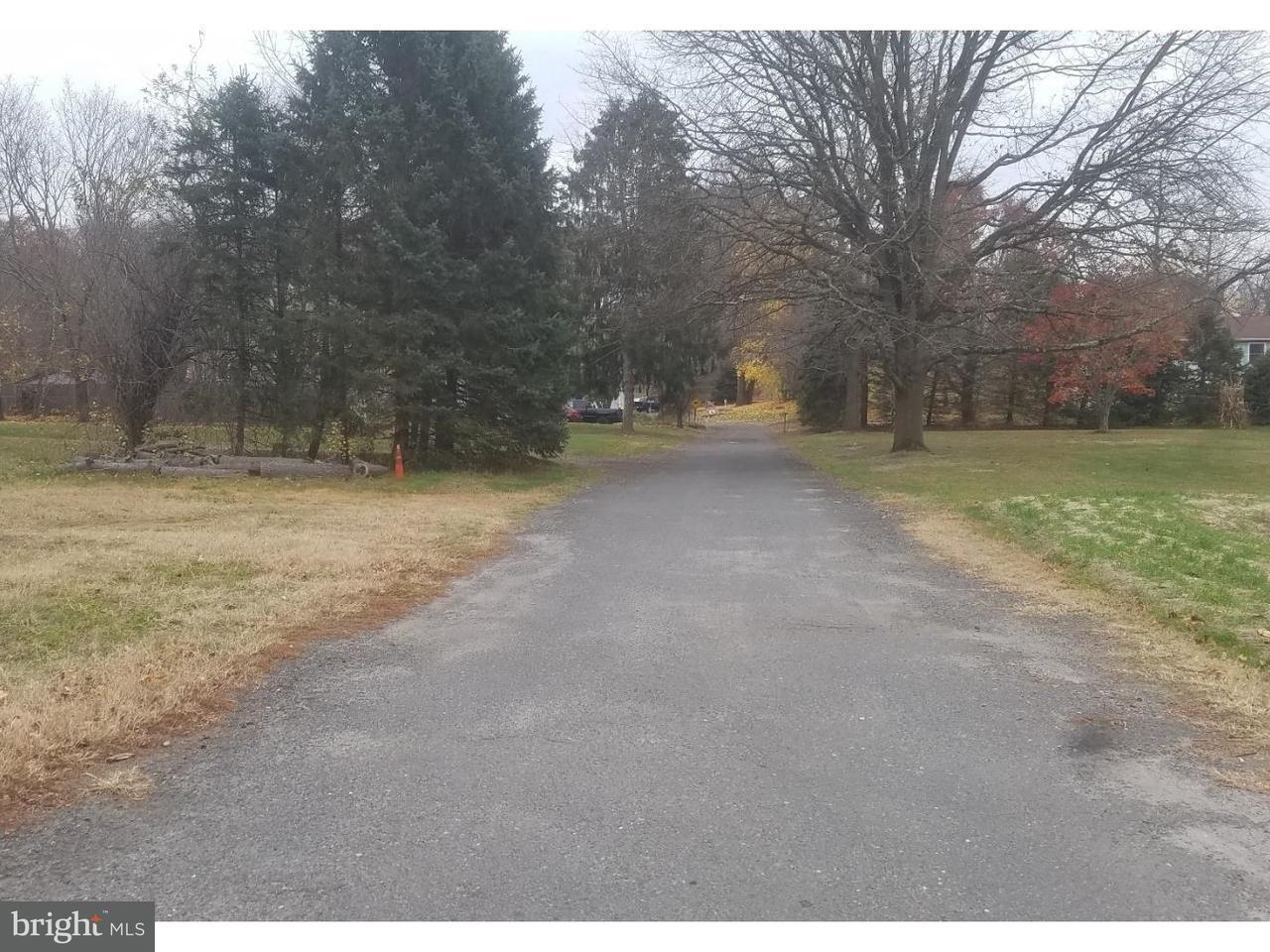 Maison unifamiliale pour l Vente à 3 SPRUCE Lane Juliustown, New Jersey 08068 États-Unis