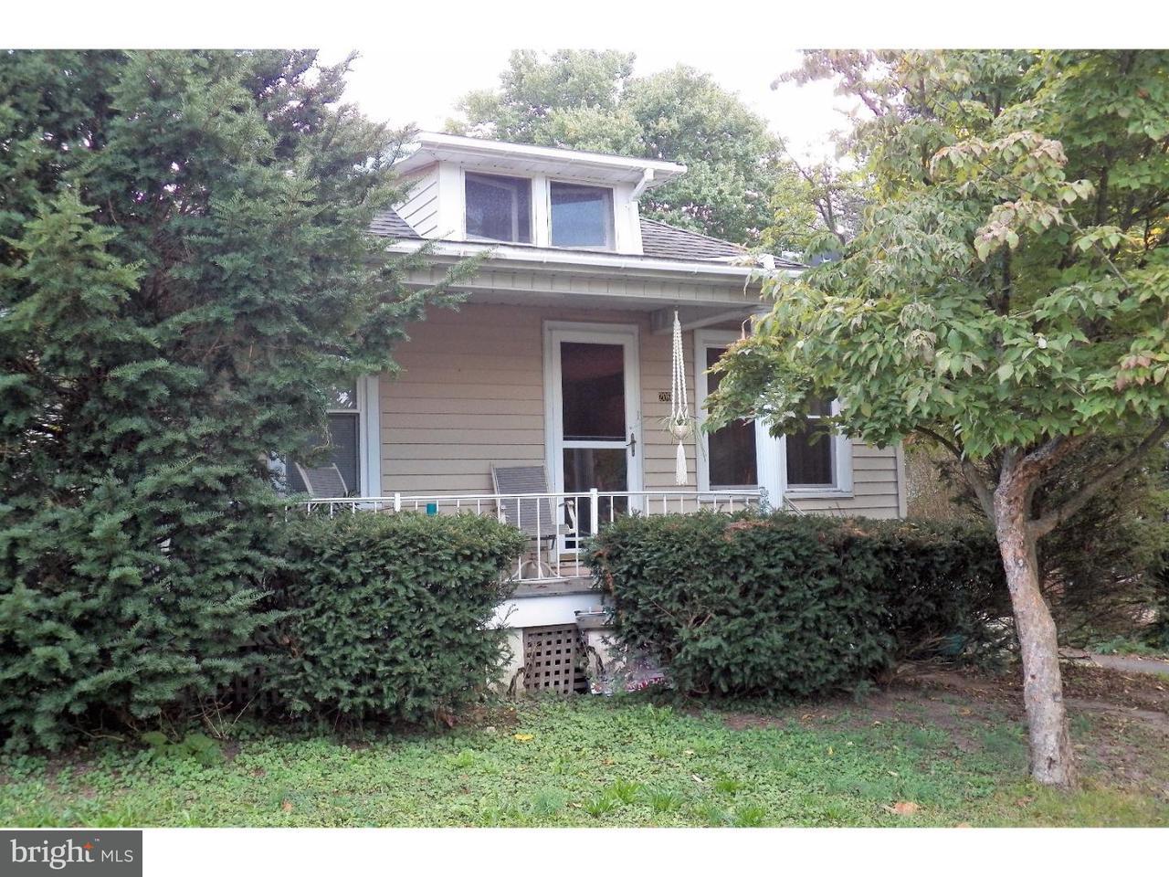 Casa Unifamiliar por un Alquiler en 206 W 3RD Street Red Hill, Pennsylvania 18076 Estados Unidos