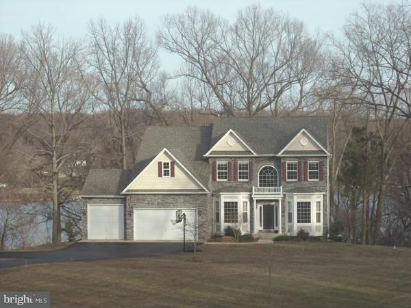 Casa Unifamiliar por un Venta en 8030 TOBACCO VIEW Place 8030 TOBACCO VIEW Place Port Tobacco, Maryland 20677 Estados Unidos