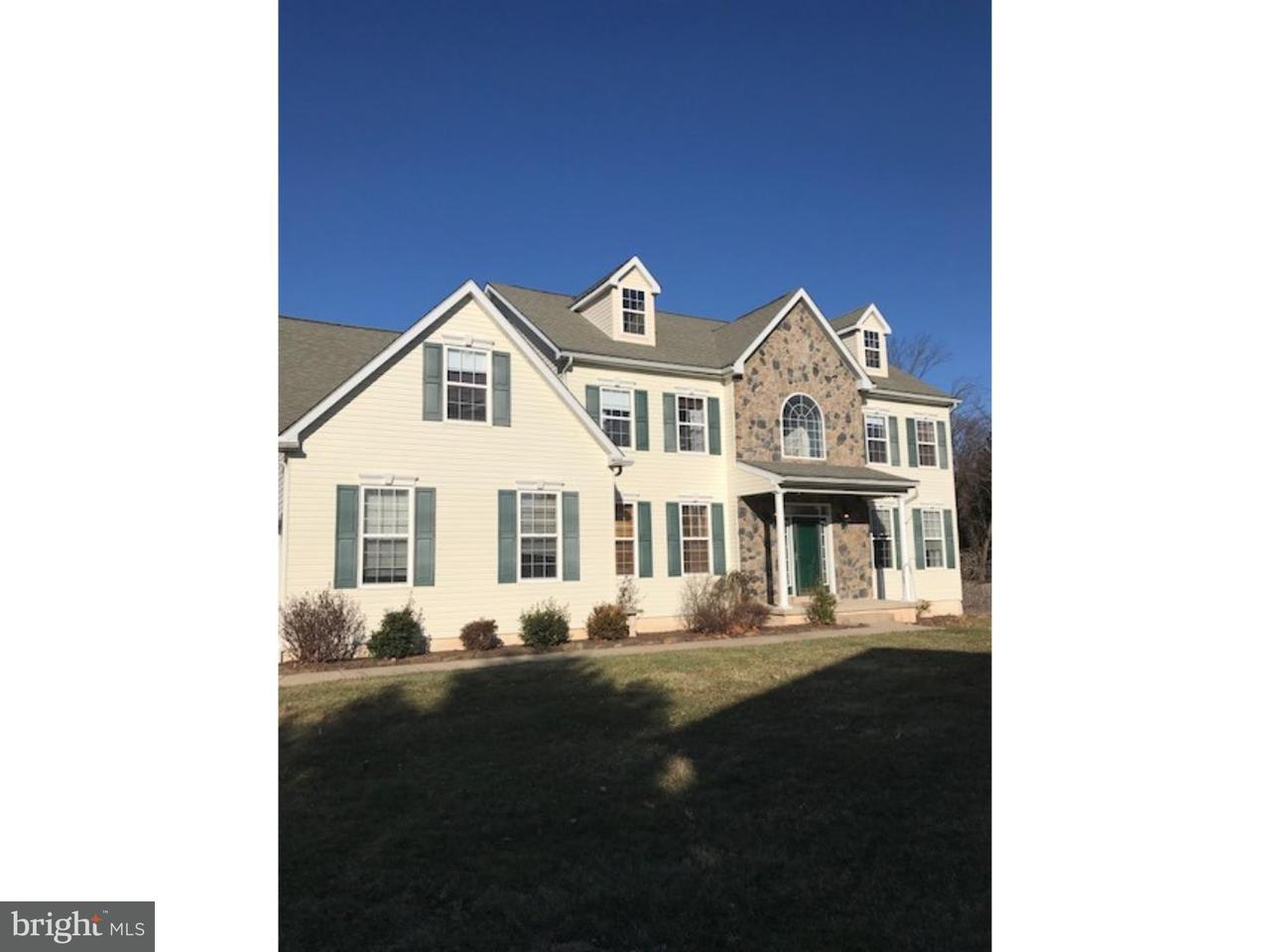 独户住宅 为 销售 在 207 BUNTING Circle Audubon, 宾夕法尼亚州 19403 美国