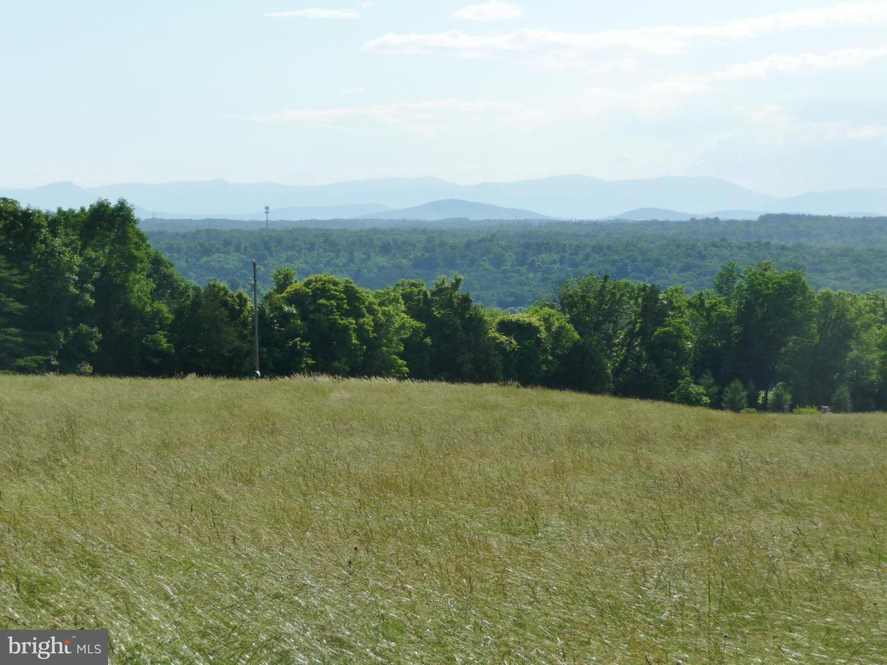 Terreno per Vendita alle ore 9256 HARTS MILL Road 9256 HARTS MILL Road Warrenton, Virginia 20186 Stati Uniti