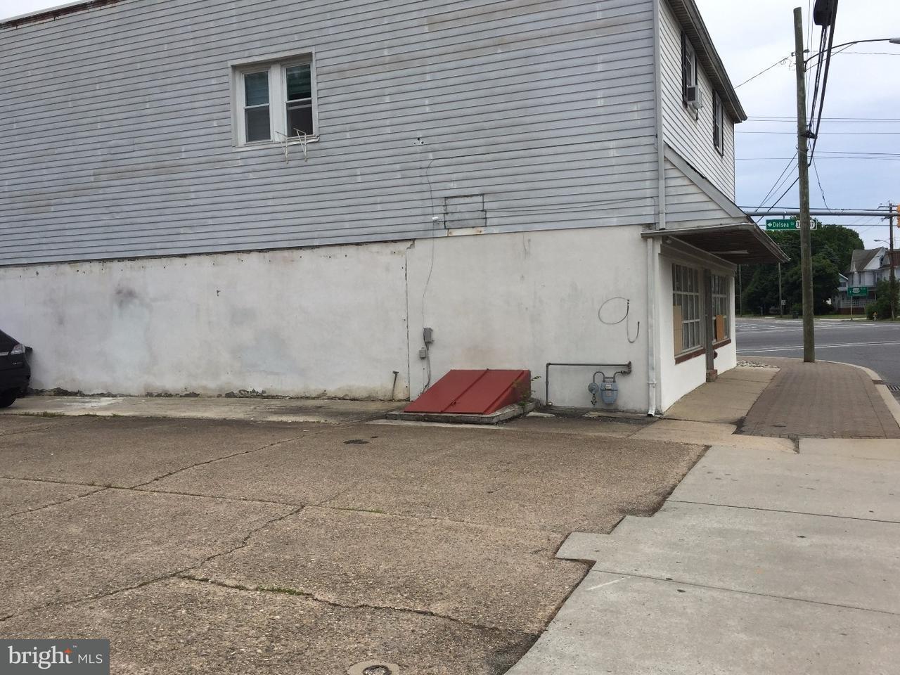 Enfamiljshus för Försäljning vid 147 HIGH Street Glassboro, New Jersey 08028 Usa