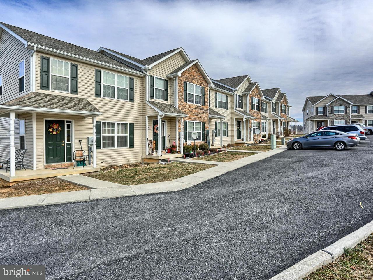 Многосемейный дом для того Продажа на 349 VIEWPOINT WAY 349 VIEWPOINT WAY Waynesboro, Пенсильвания 17268 Соединенные Штаты